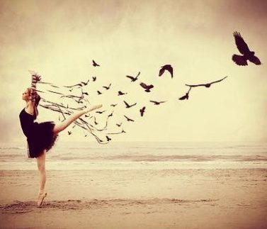 mujer-libre-en-la-playa.jpg