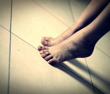 Pasas de puntillas o exprimes la vida_Julia de Miguell